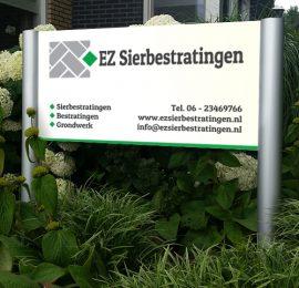 Reclamebord voor EZ Sierbestratingen